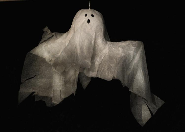 Floating Tissue Ghost